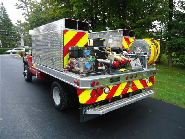 <p><strong>6</strong><br><em>Skid unit plus custom mount portable pump and 4 hose trays.</em></p>