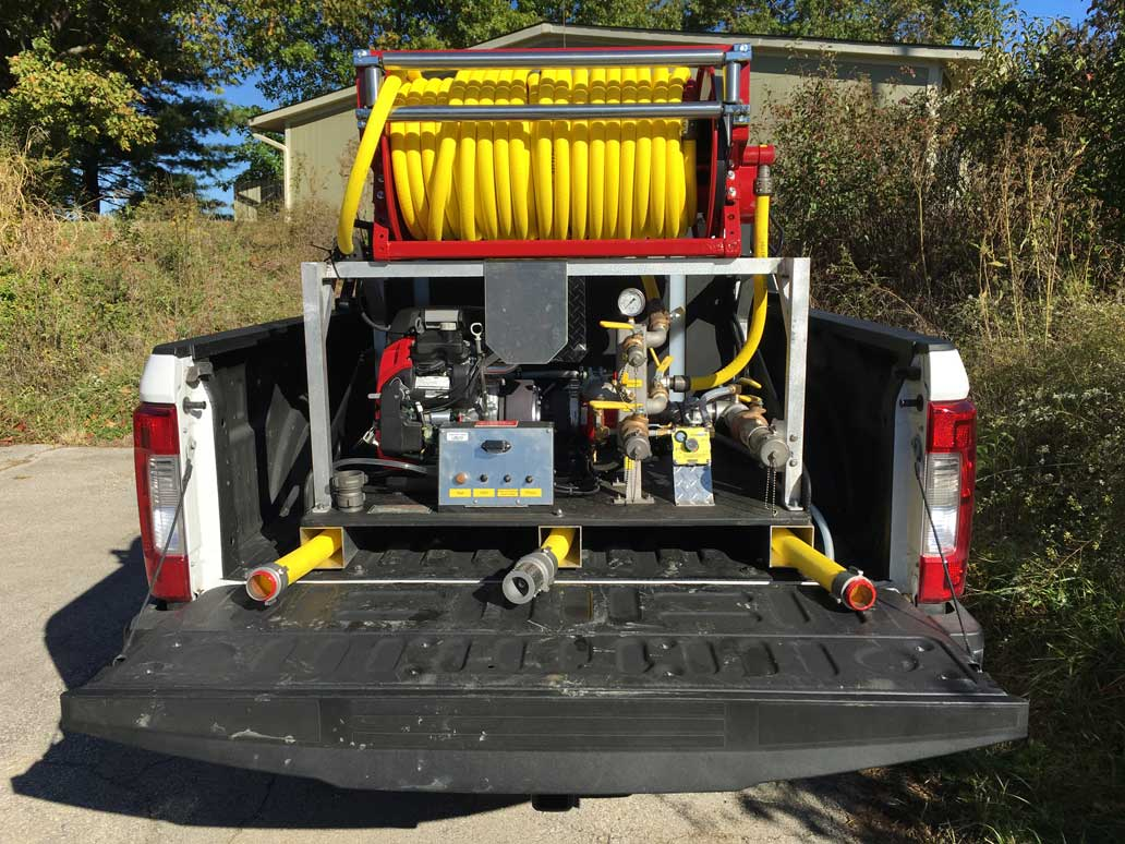 <p><strong>21</strong><br><em>200 gallon/10 foam, Wick 4200-22, 4 stage pump driven by 22 hp Honda with suction host storage in skids.</em></p>